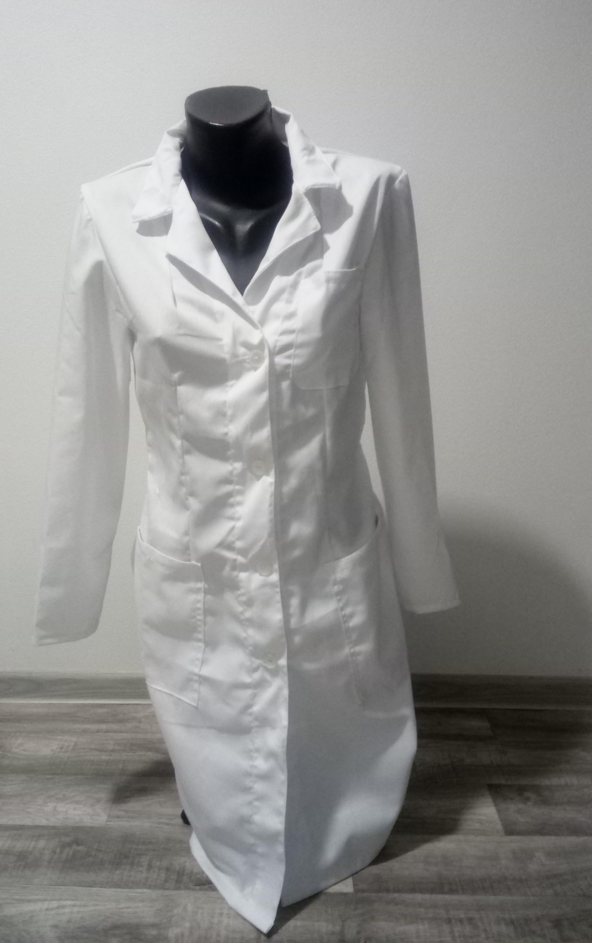 43b03a29f2f5 Dámsky biely pracovný plášť veľ 38 - Handmade sulong - Morský Koník