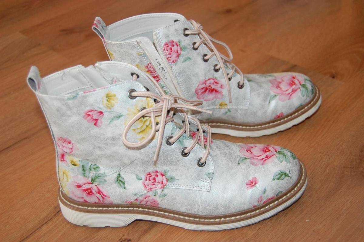 c1f5965f41c5 1 x obuté kvietkovabé topánky - Bazár Zuzik - Morský Koník